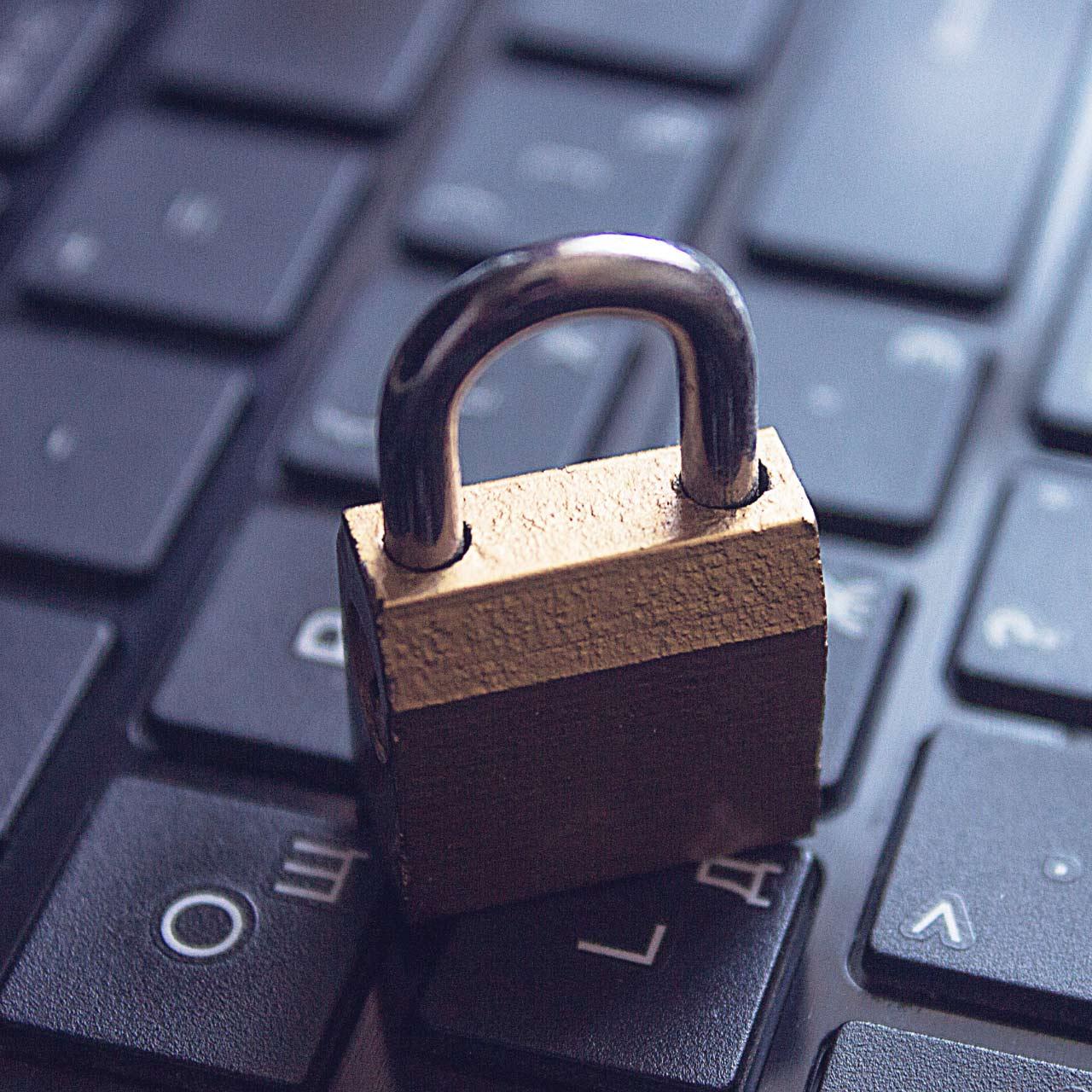 internet-rechtsschutzversicherung-1280x1280px